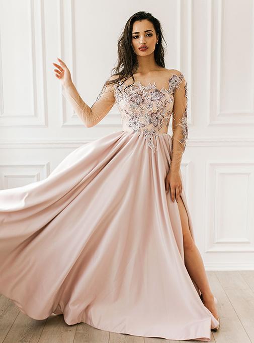 Платье с атласной юбкой и цветочными аппликациями - Цена: 4500 р.